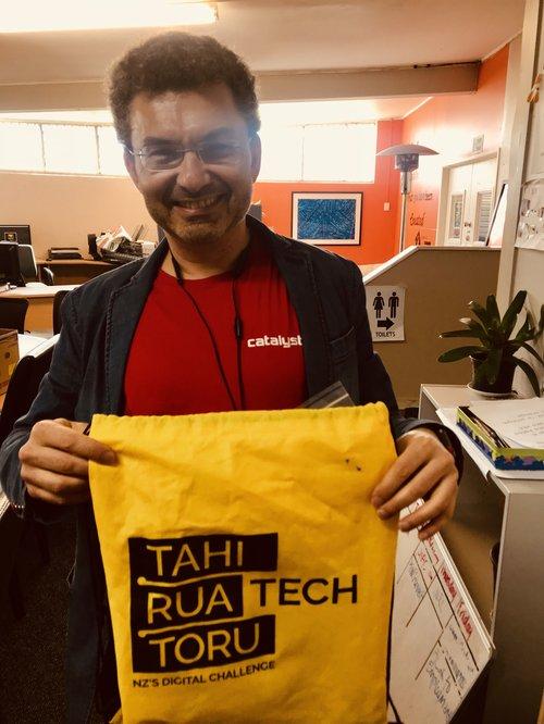 Igor Portugal, Catalyst Cloud, mentoring GeekCamp Accelerate Aotearoa July 2019